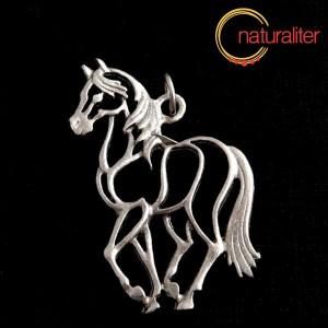 Kůň, obrys - přívěsek starostříbro 33x49mm