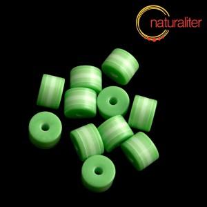 Výprodej - Pruhovaný korálek váleček 8x6mm zelenobílý, 5ks