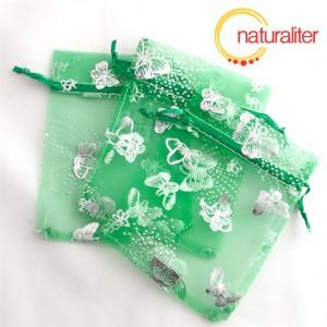 Dárkový organzový sáček zelený s motýly 12x9cm