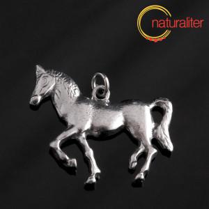 Kůň - přívěsek starostříbro 36x33mm