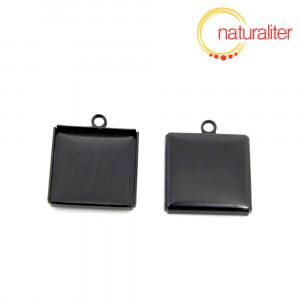 Lůžko čtverec 16x16mm černé