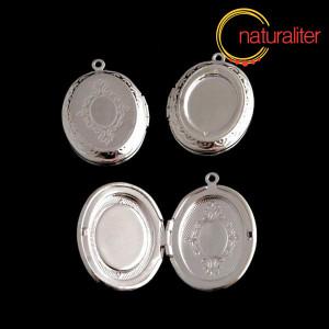 Otevírací medailon 23x16mm a 18x13mm stříbrná barva